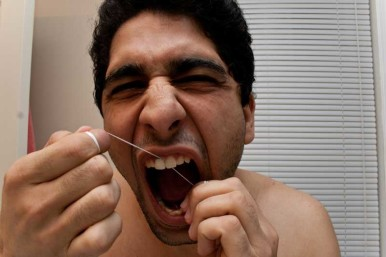 flossing-man-agony-face-resize