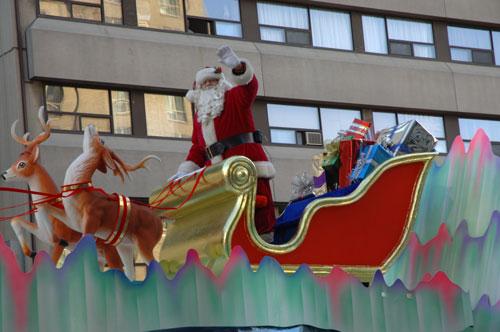 santa-parade-resize